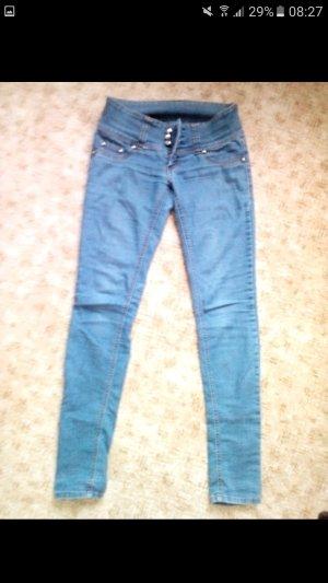 Jeans mit 3-Knopf-Besatz
