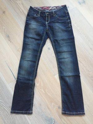 Jeans mit auffälligen Nähten von Soccx (29/32)