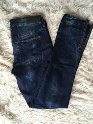 Jeans mit Bleichung und Reissverschlussdetail - wie NEU