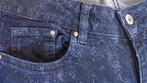 Jeans mit Blümchen-Print