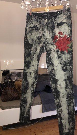 Jeans mit Blume