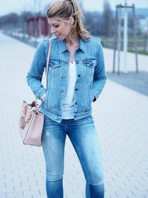 Jeans mit Farbverlauf - Denim Trend Piece