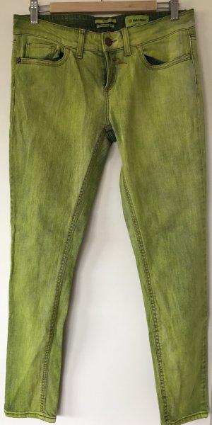 Jeans mit gelb-grüner Waschung