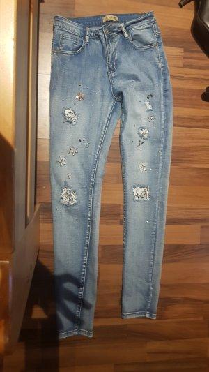 Jeans mit glitzer Steinchen Gr S.