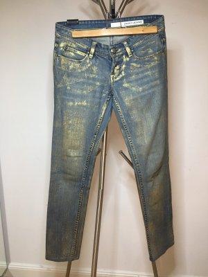 Jeans mit goldenen Highlights