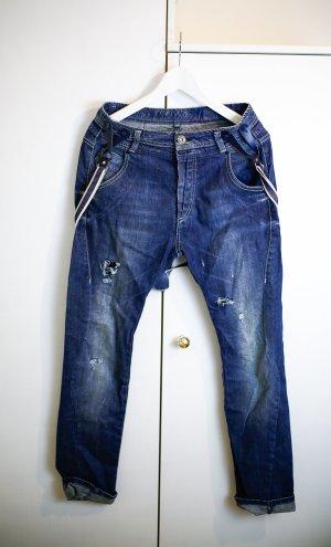 Jeans mit Hosenträger