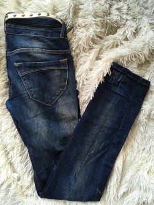 Jeans mit Löschern und Waschung - Kaum getragen