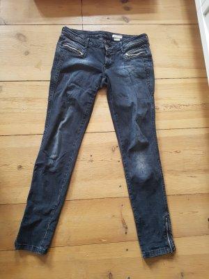 Jeans mit ohne Potaschen