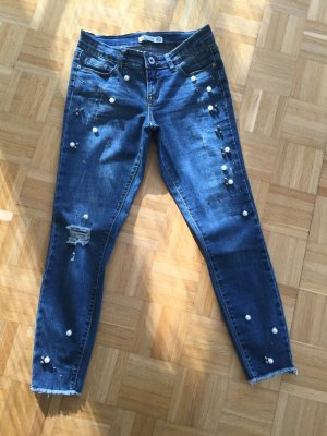 Jeans mit Perlenverzierung XS/36