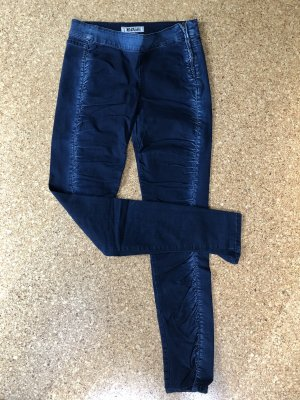Jeans mit Raffung