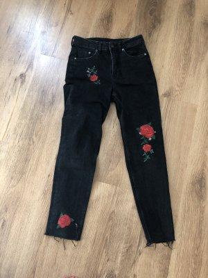 H&M Jeans a vita alta nero-rosso