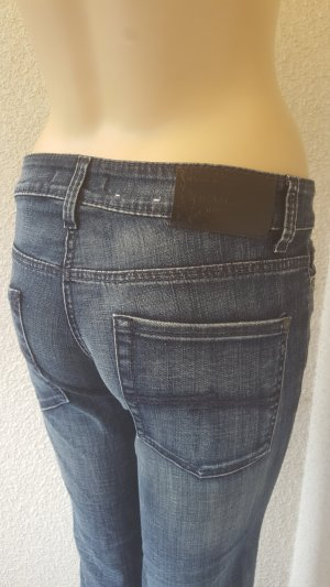 Cambio Jeans a zampa d'elefante blu