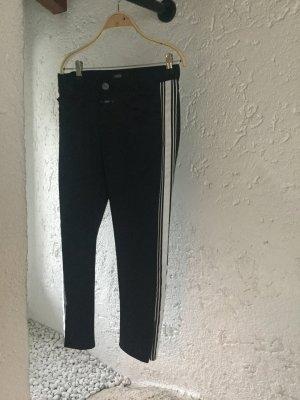 Jeans mit seitlichen Streifen