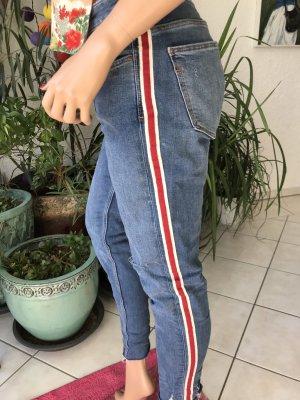 Jeans mit Streifen