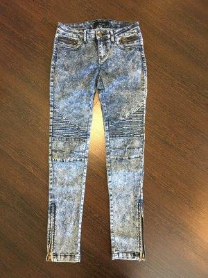 Jeans mit tollem Muster & Reißverschluss