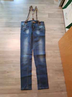 Jeans mit Trägern