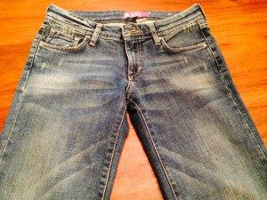 Jeans mit weitem Bein/Flared