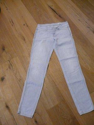 Jeans mit zarten Streifen