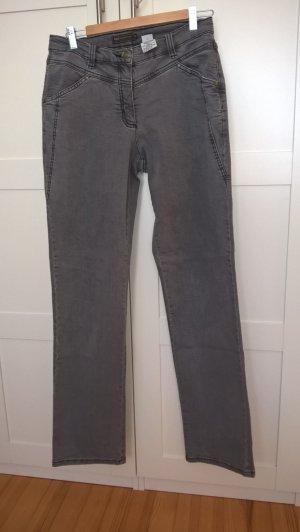 Jeans mittelgrau, langes Bein, Bequemschnitt
