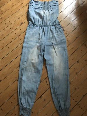 Jeans Overall von Desigual als Bandeau zu tragen