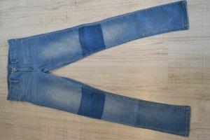 Jeans Röhre skinny H&M hell mit dunkelblauen Knien Gr.32