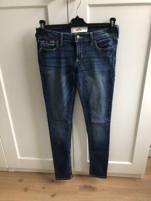 Jeans Röhrenjeans Waschung enganliegend Körperbetont Hollister