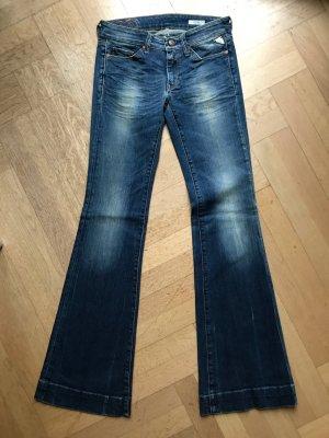 Jeans Schlaghose von Replay. Größe 27/34. Coole Waschung