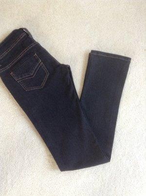 Jeans / schwarz / Gr. 34 XS / Tally Weijl / NEU