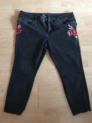 Jeans Schwarz mit Badges