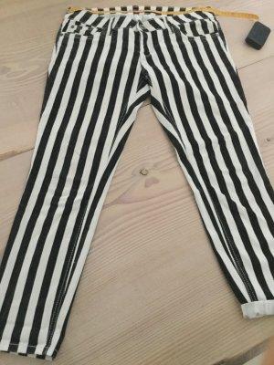 Jeans schwarz weiß gestreift G. L von Sublevel 7/8 Länge cool zu Boots oder High Heels
