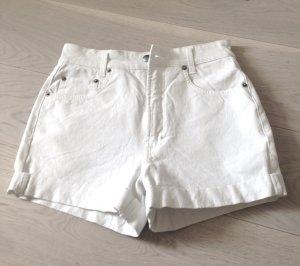 Jeans Short mit Dotka Tasche