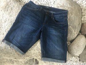 Jeans Short mit längerem Bein
