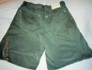 Jeans-Shorts/Bermudas*Rover& Lakes*stonewashed Canvas dunkeloliv Gr.48 neuwertig