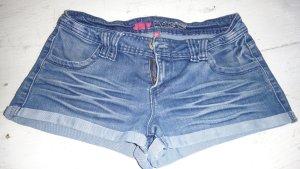Pantalón corto de tela vaquera azul