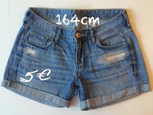 Jeans Shorts in hellblau von H&M
