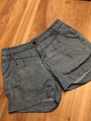 Jeans-Shorts - M - luftig-leicht
