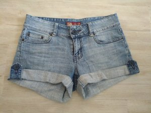 Jeans Shorts mit umgeschlagenem Saum