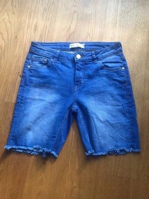 Jeans Shorts von Clockhouse Größe 36