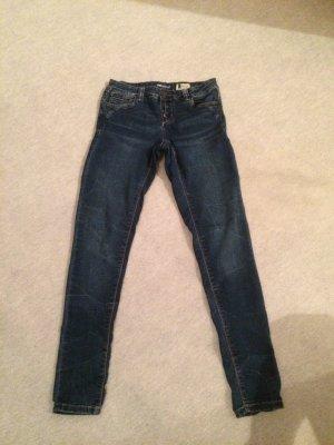 Jeans / Skinnyjeans von Denim 1982 / Takko - Gr. W27 / L 32 / S