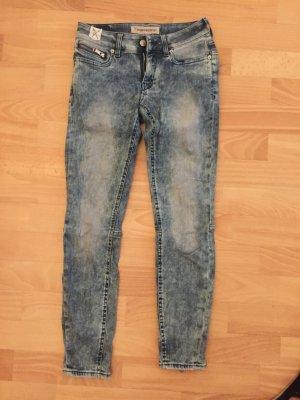 Jeans, super schön, neu !!!
