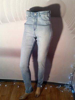 H&M Vaquero de talle alto azul claro