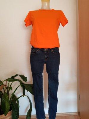 Jeans und Shirt Kombi