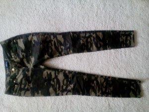 Jeans ungetragen *Militäroptik*