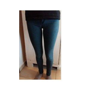 Jeans used look blau