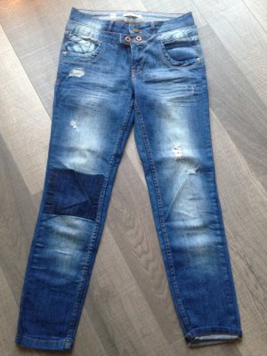 Jeans used mit Knie-Waschung Pull&Bear