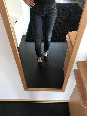 Jeans v. G-Star neuwertig Gr. 27