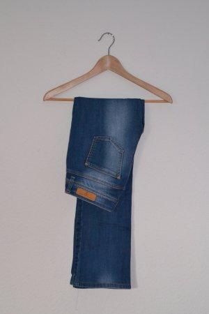 Jeans Vero Moda 27 hell Bootcut ausgestellt Kurzgröße gekürzt
