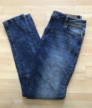 Jeans von Bershka Gr. 38