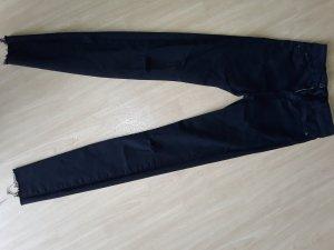 Jeans von Bershka in Größe 32
