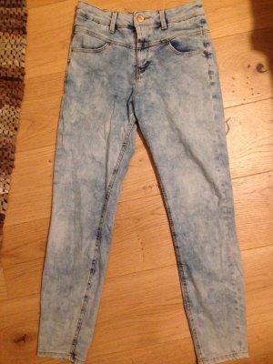 Jeans von bershka zu verkaufen